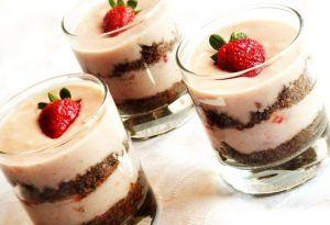 طريقه عمل حلويات من بقايا الكيك Food Arabic Food Cooking Recipes