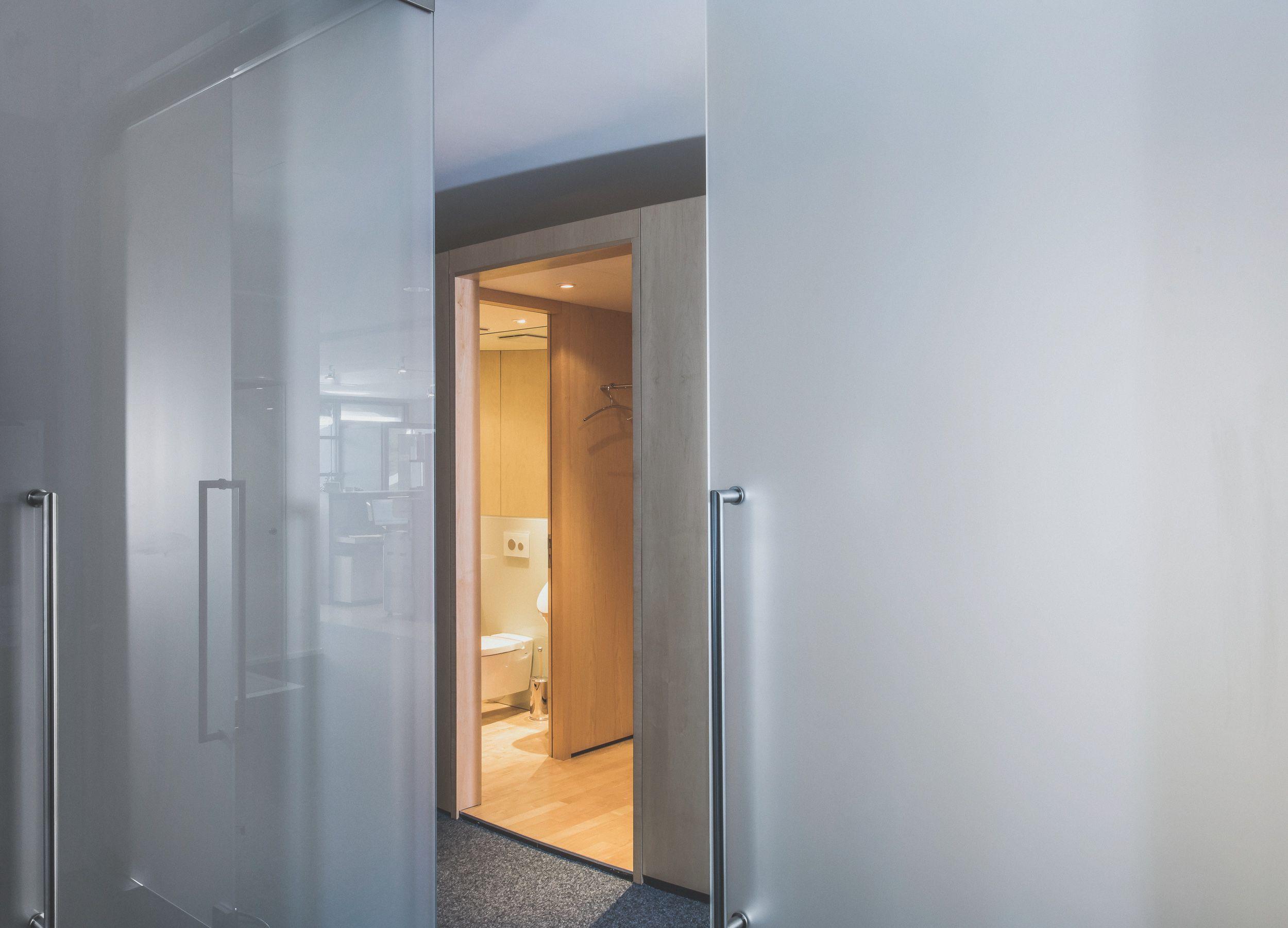 Zeitlose Und Moderne Glasturen Das Upgrade Fur Ihr Zuhause Glastur Drehtur Schiebetur