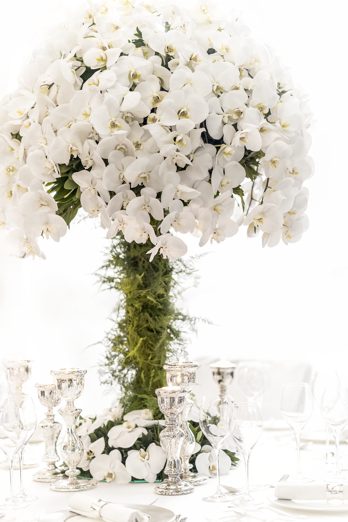 Flowers by Nicolai Bergmann. Extravagant centerpiece using only ...