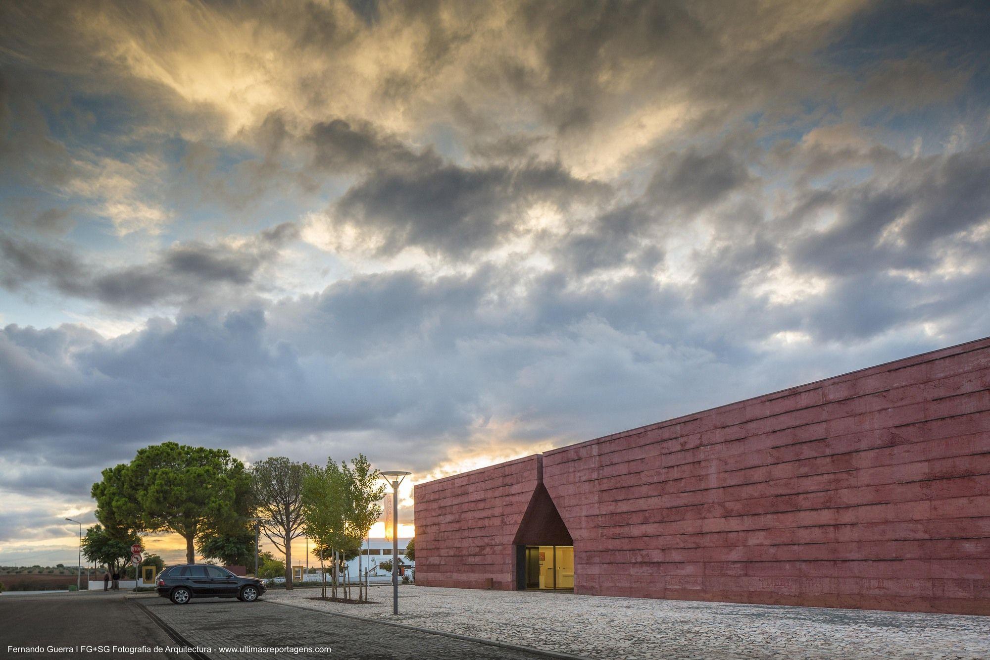 Centro de Interpretación de La batalla de Atoleiros / Gonçalo Byrne Arquitectos + Oficina Ideias em Linha