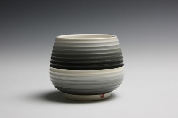 Jin Eui Kim #ceramics