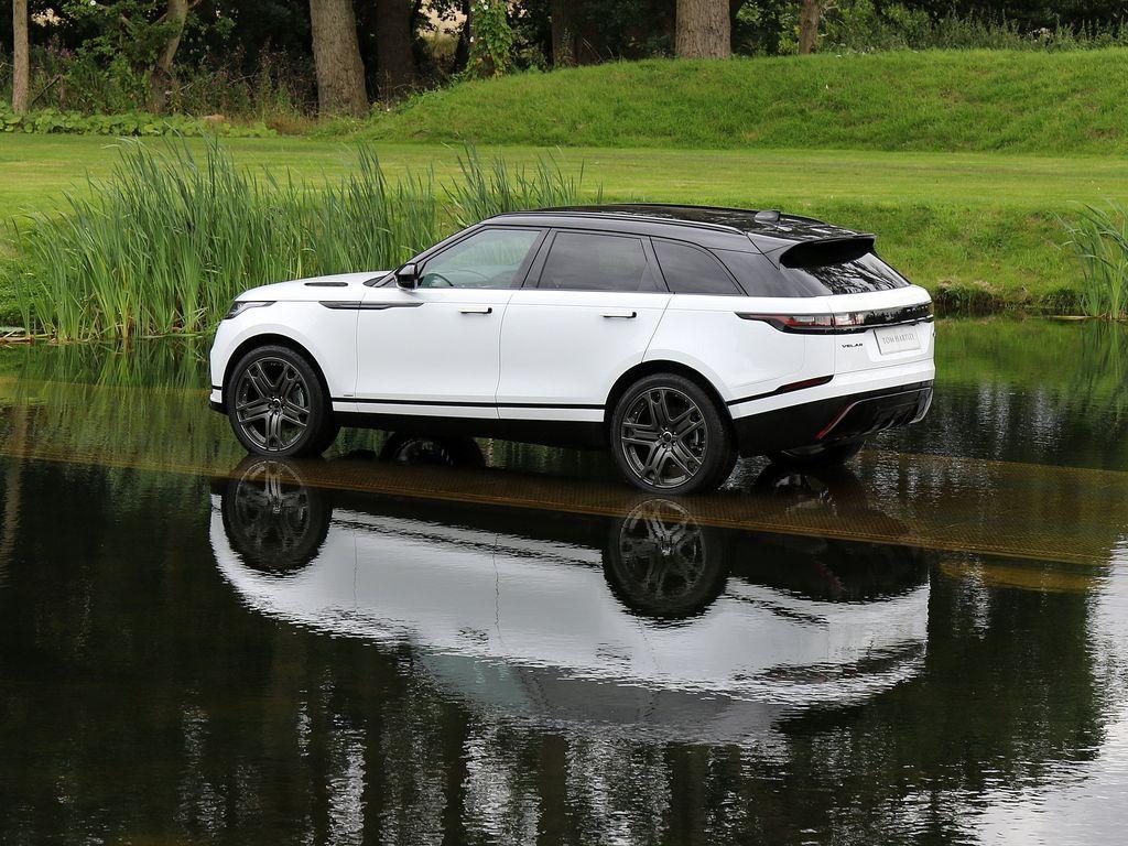 2017 LAND ROVER Range Rover Velar Fuji White with Light