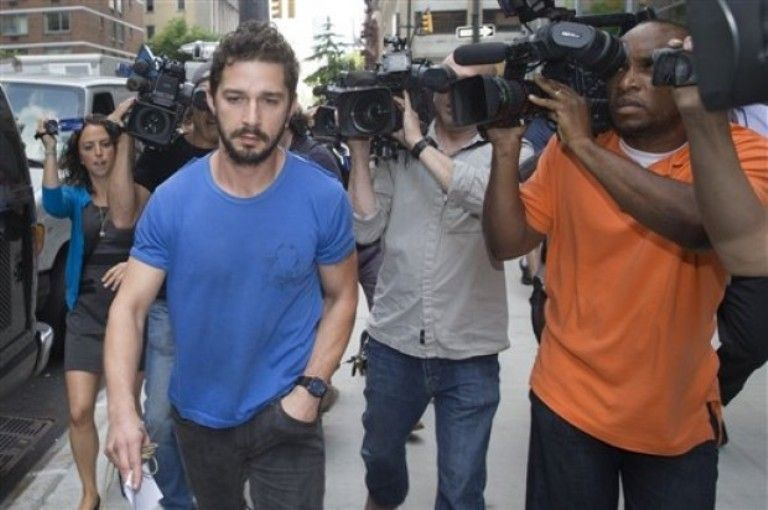 Shia LaBeouf se declara culpable de desorden - http://notimundo.com.mx/espectaculos/shia-labeouf-se-declara-culpable-de-desorden/15118