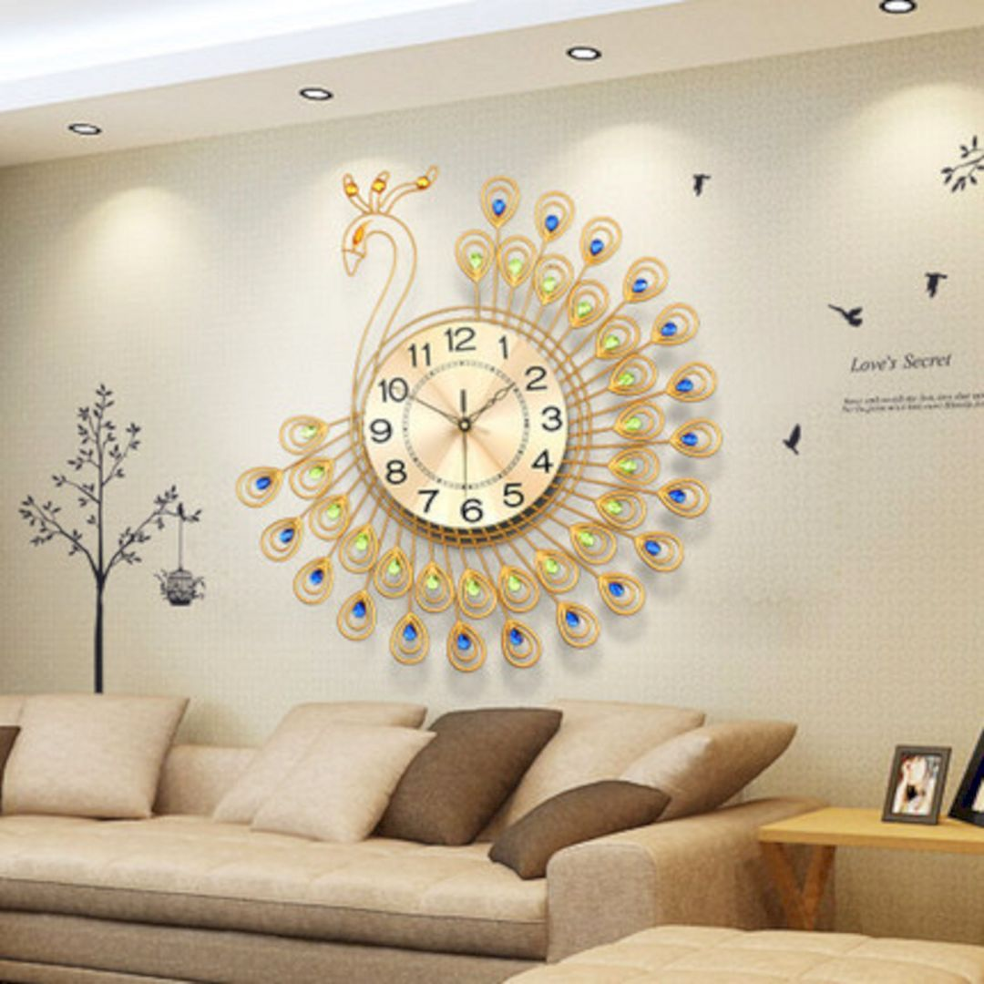 35+ Beautiful Living Room Wall Decor with Clocks Ideas | Pinterest ...