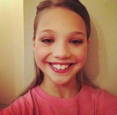 Cute selfies - Maddie Ziegler