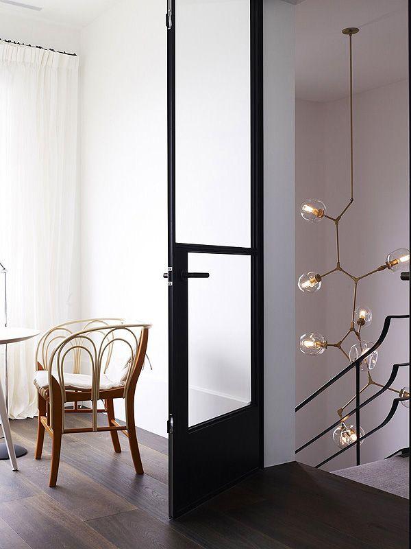 lustre pour escalier luminaires pinterest maison decoration et interieur. Black Bedroom Furniture Sets. Home Design Ideas