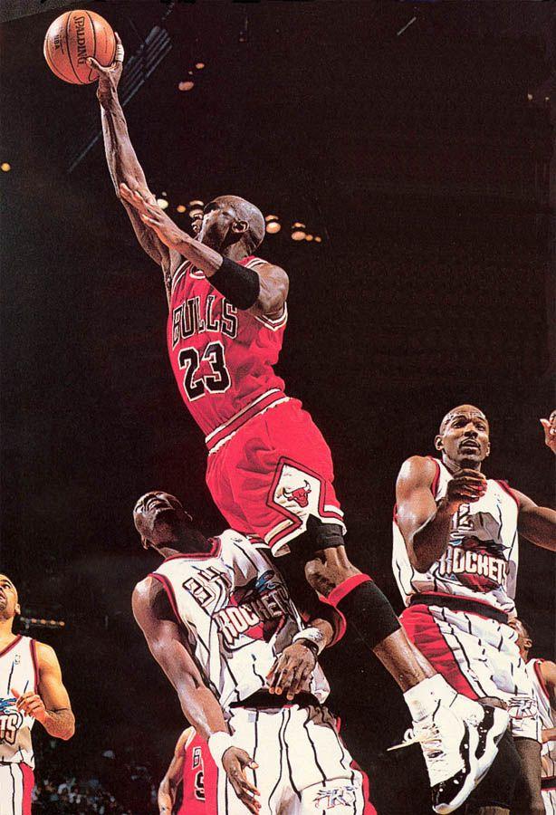 super popular 40a8b bad3d Michael Jordan wearing Air Jordan XI 11 Concord (37)