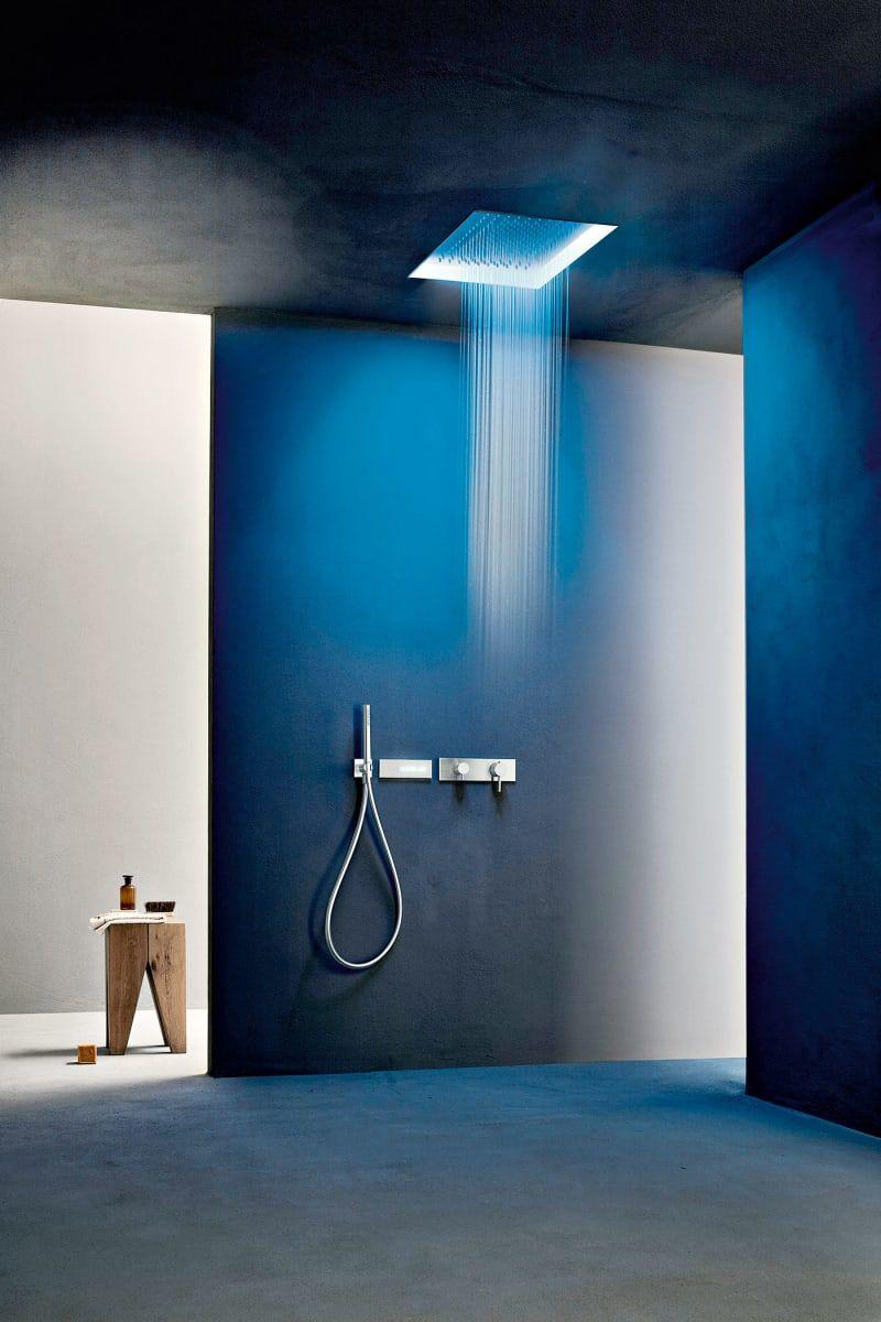 Duschen Im Trend Kopfbrause Duschrinne Und Duschablage