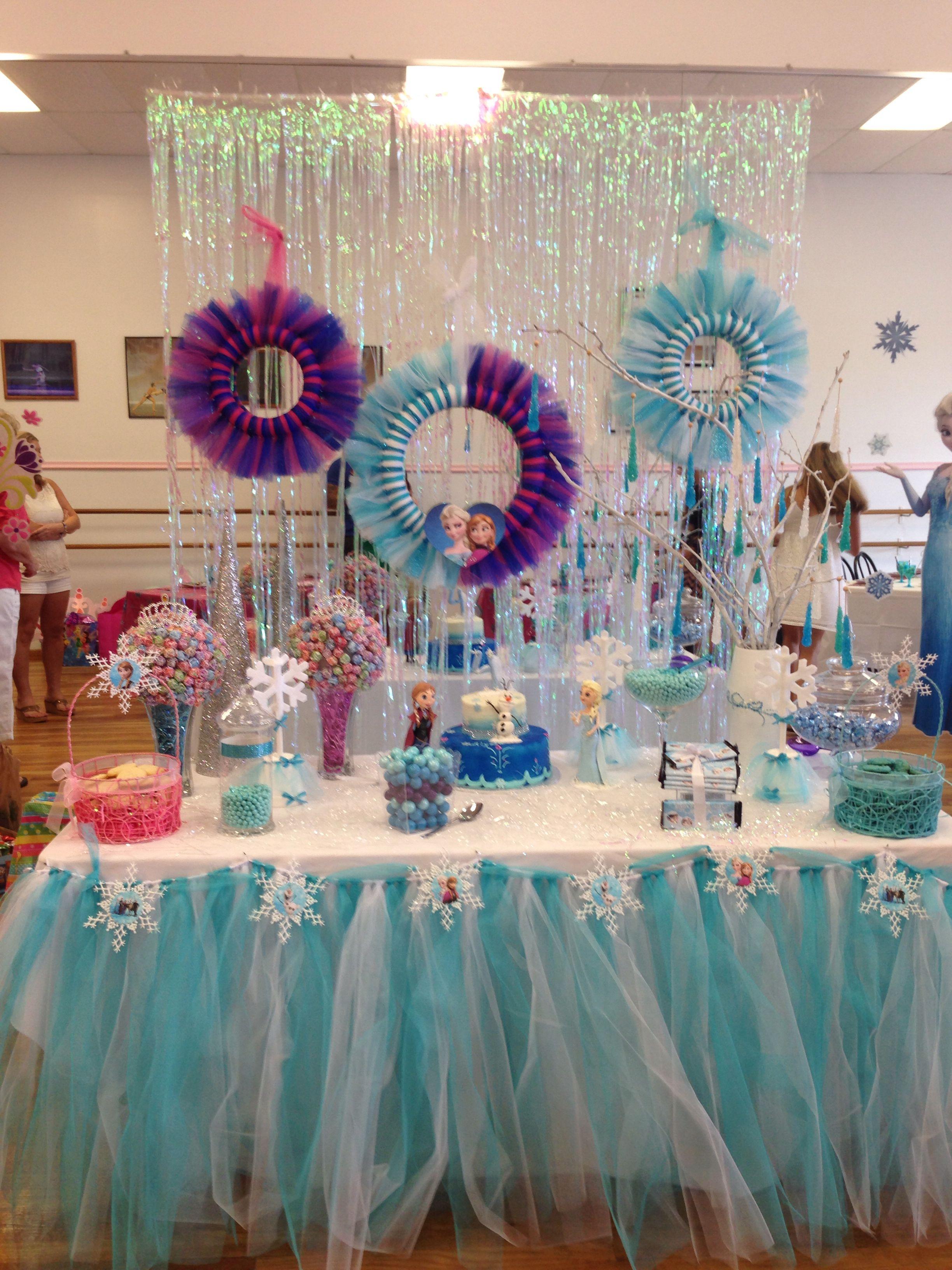 Frozen party decoration | Frozen party decorations, Frozen ...