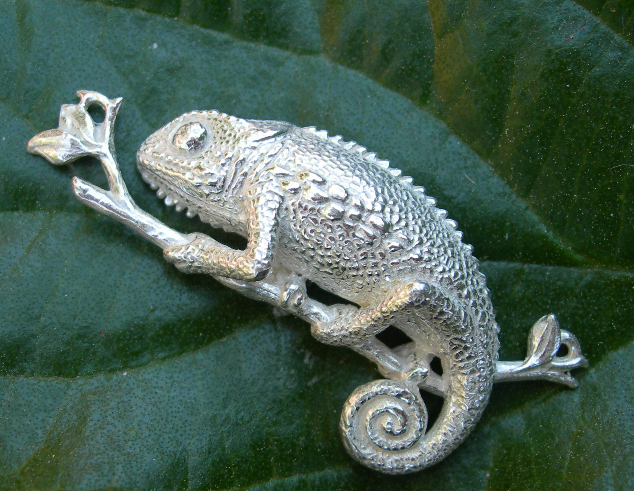 Designer pin brooch 925 Sterling Silver chameleon brooch animal jewelry