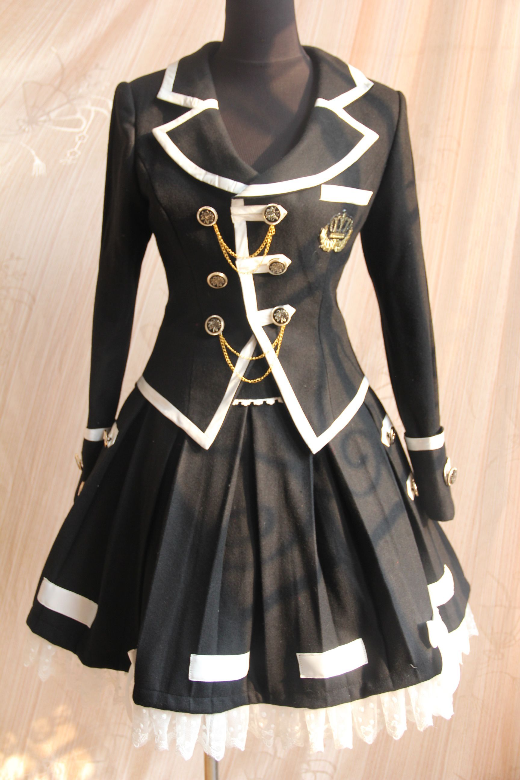 Infanta Edward College Uniform Set I would've LOVED a