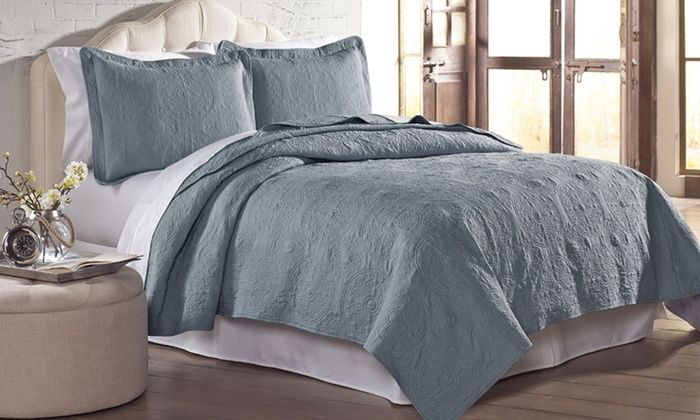 2-or 3-Piece Solid Embroidered Sand Washed Quilt Sets | Groupon