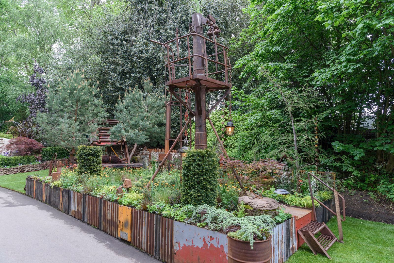 Photos: Every single garden at RHS Chelsea this year ...