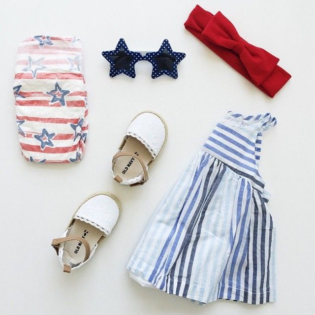 The perfect 4th of July ootd for @sashaiteno beautiful little lady!! ❤️❤️ {tap pic for details} #ootd #fourthofjuly #thinkpinkbows