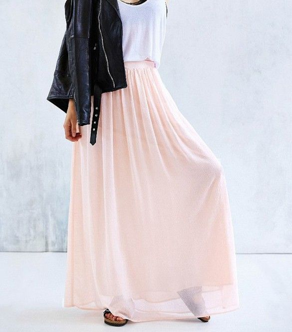 According to the reviews, this pale pink skirts is a must-have. // Yoke Chiffon Maxi Skirt by Pins and Needles
