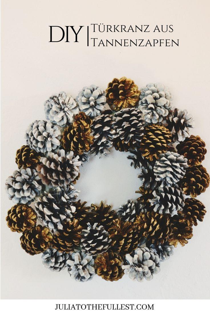 Einfacher Kranz aus Zapfen für weihnachteliche Deko selber machen  Türkranz se…,  #adventsk…
