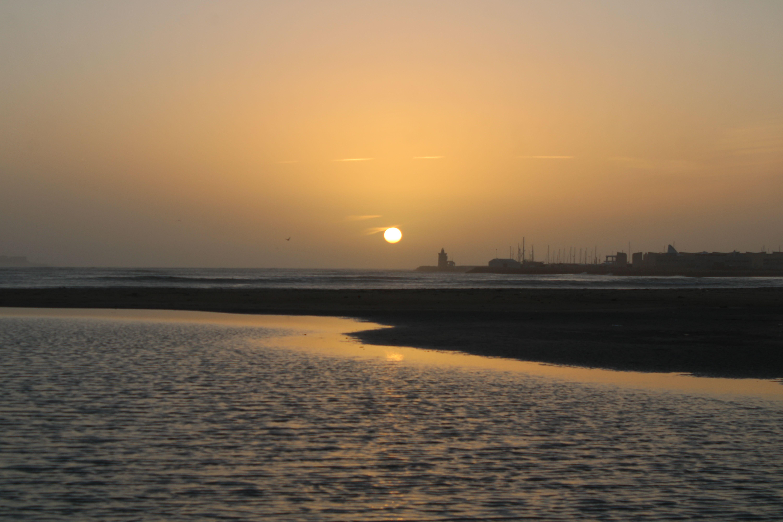 atardecer desde la playa de la puntilla en  El Puerto de Santa María