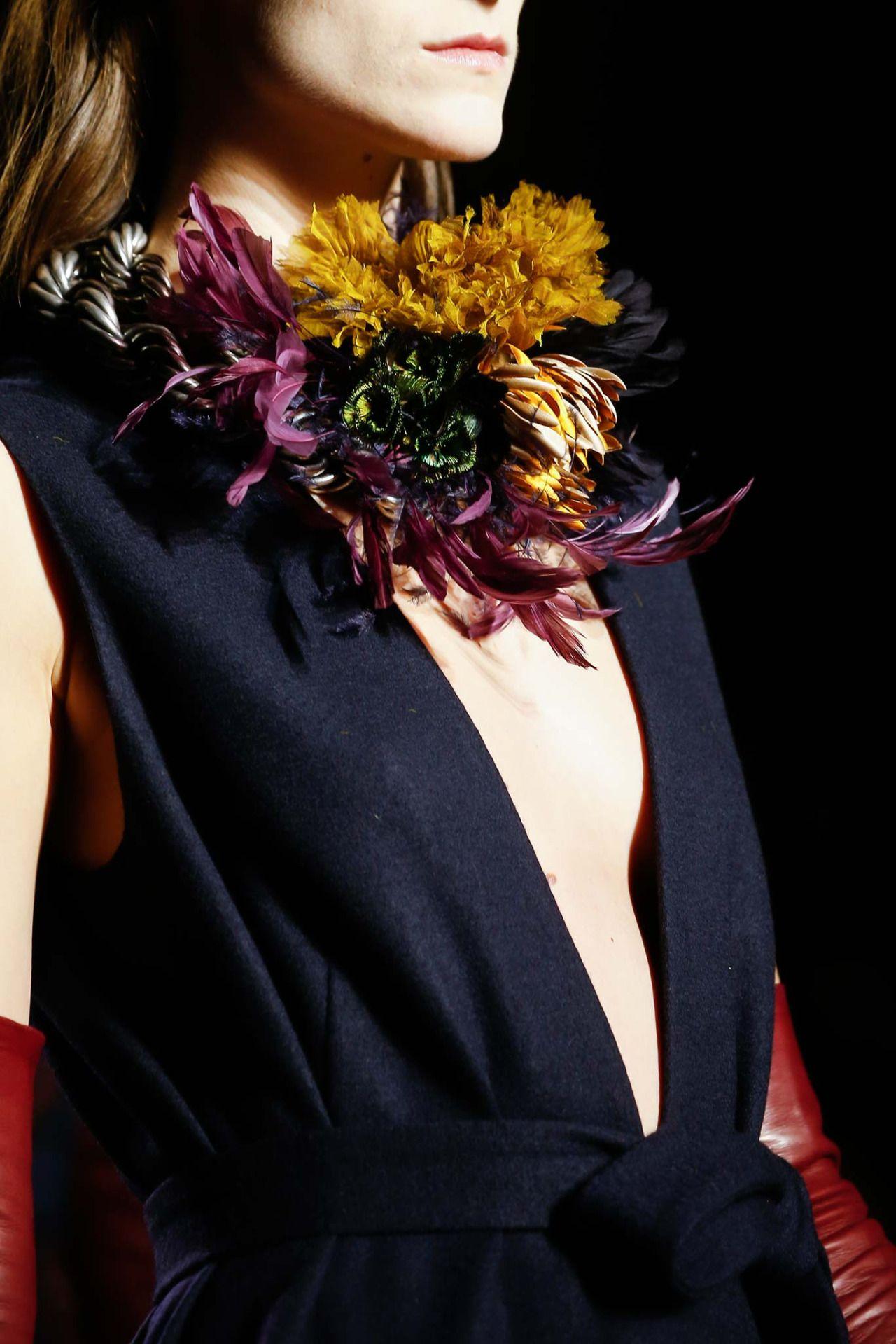 forlikeminded:Dries Van Noten - Paris Fashion Week - Fall 2015