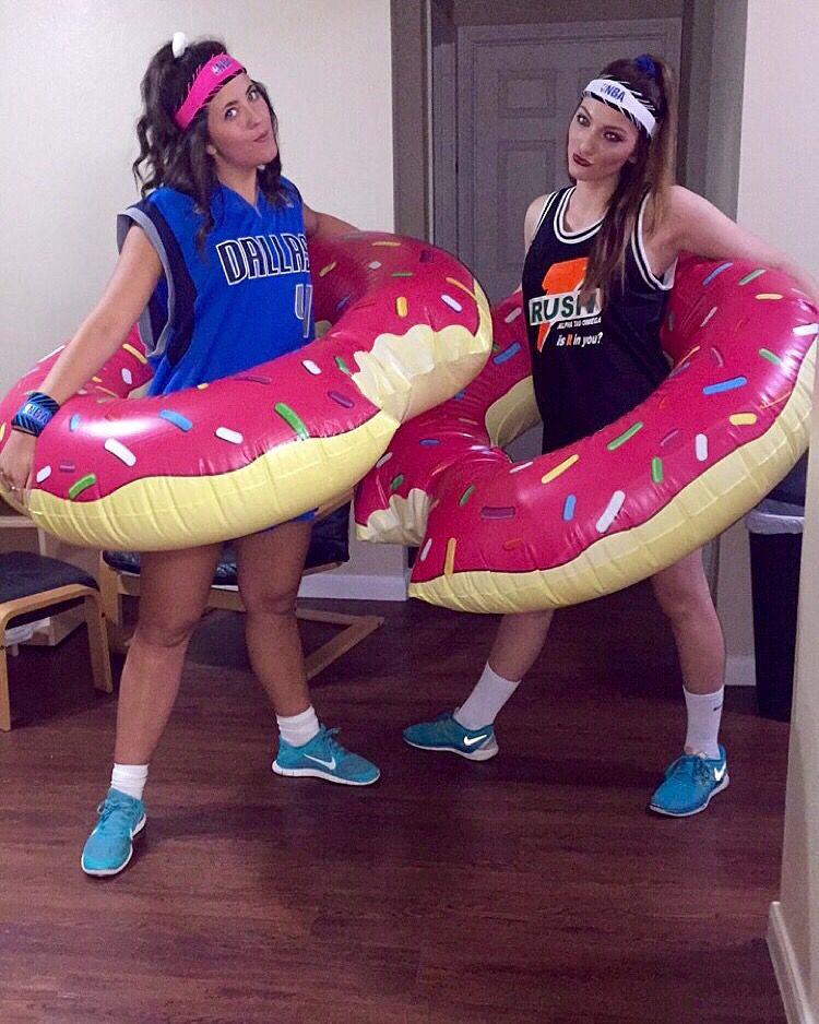 Dunkin Donuts costume Donut halloween costume, Creative