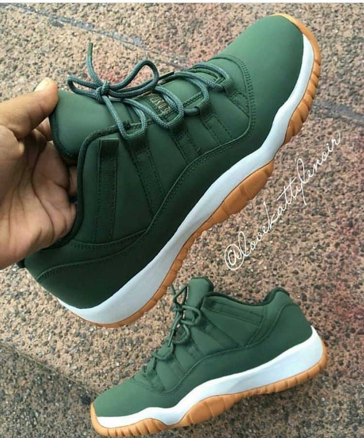 wholesale dealer 928a2 75523 custom green low 11s with gum bottom! Mens Shoes Jordans, Men S Shoes,