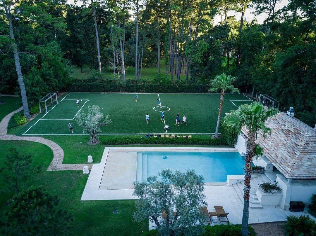 Garden goals. Indoor soccer field, Turf backyard
