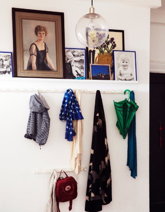 5 Inspiring Small-Space Entryways that Take Up No Space at All ...