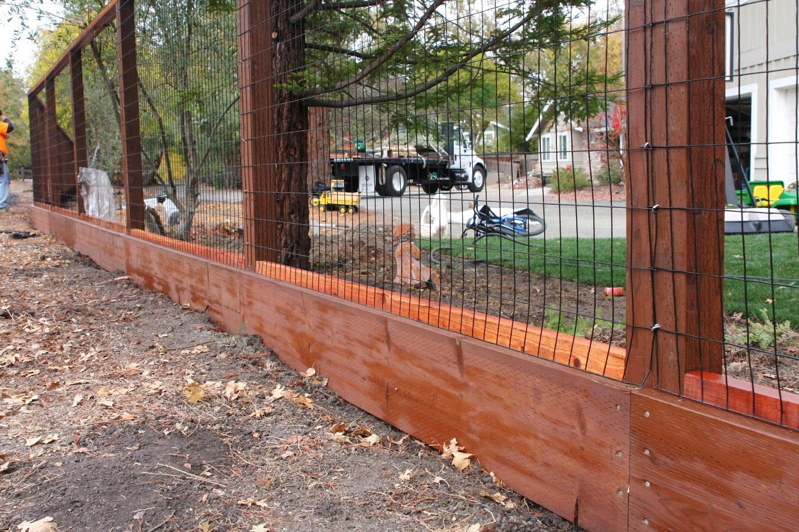 Image of: Wire Fence Panels Design   doggie stuff   Pinterest   Dog ...