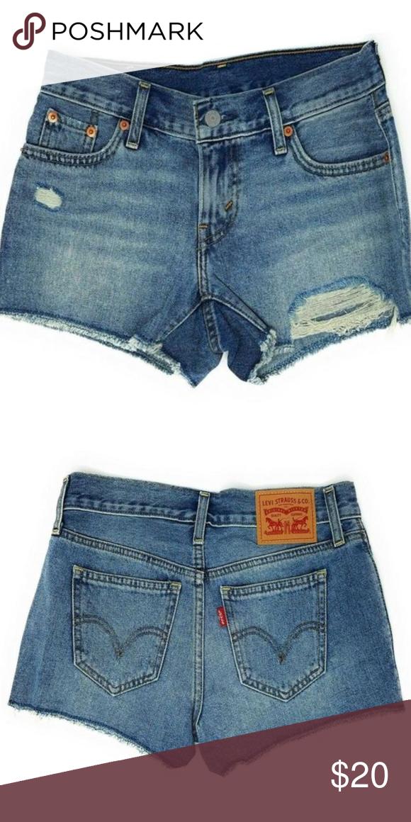 f5006a0d572 Womens Levis Denim distressed shorts 24 NWT Womens Levis shorty light blue  denim distressed short size 24 NWT MRSP $39.5 Levi's Shorts Jean Shorts