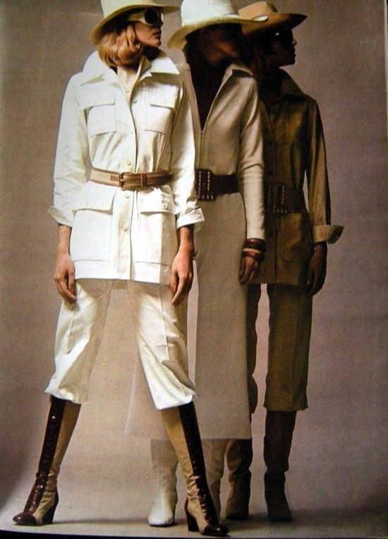 Saharan cotton canvas, worn with trousers rights and canvas and leather boots laced (Saint Laurent Rive Gauche).