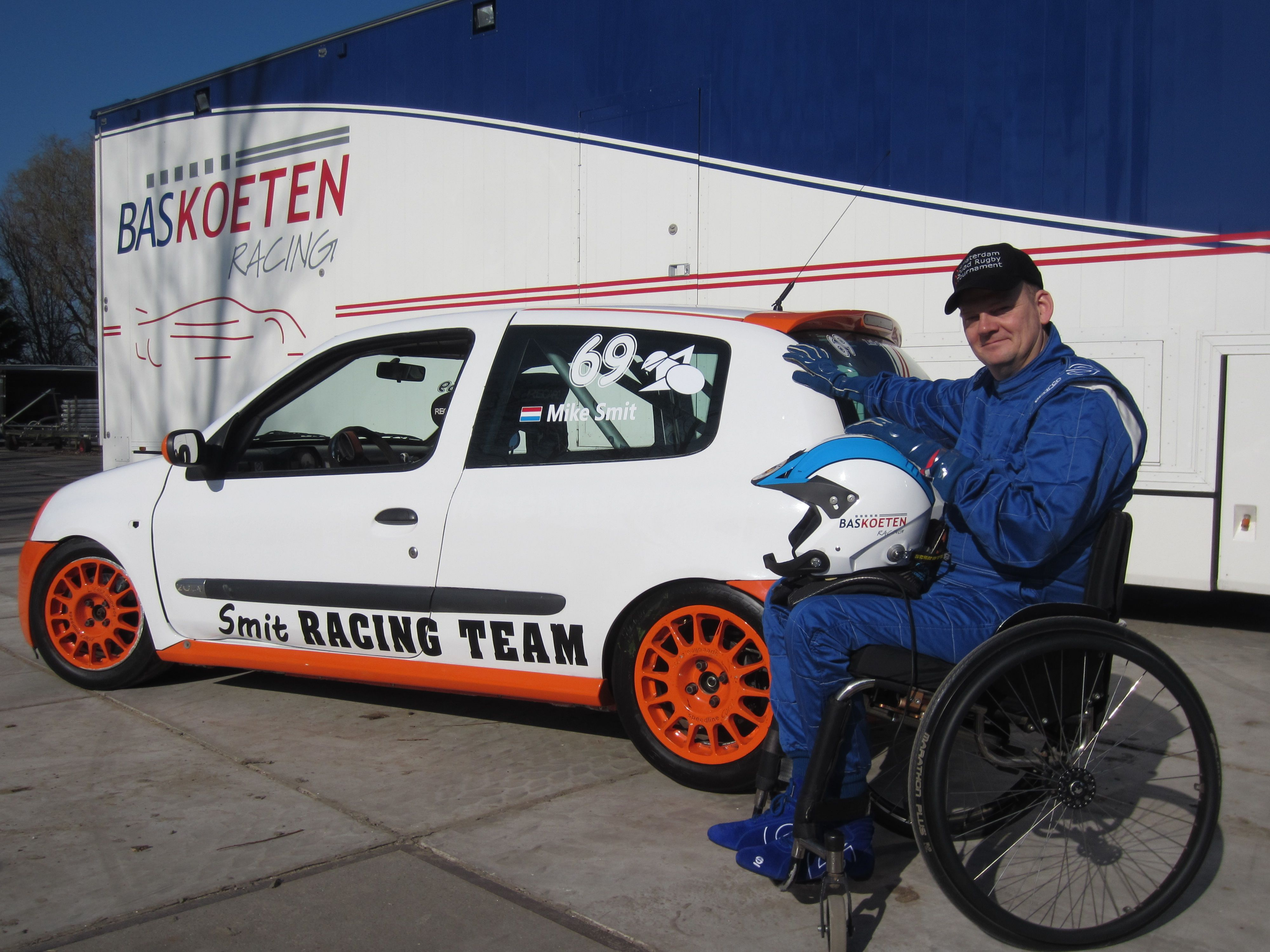 The racer of Smit Racing Team: Mike Smit