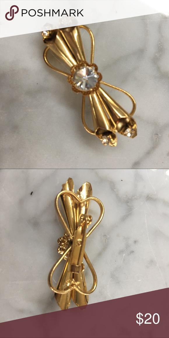 faux diamond and gold costume brooch in 2018 my posh closet rh pinterest com
