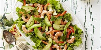 Prawn and Avocado Salad with Dill and Lemon & Pepper Vinaigrette  - LifeStyle FOOD