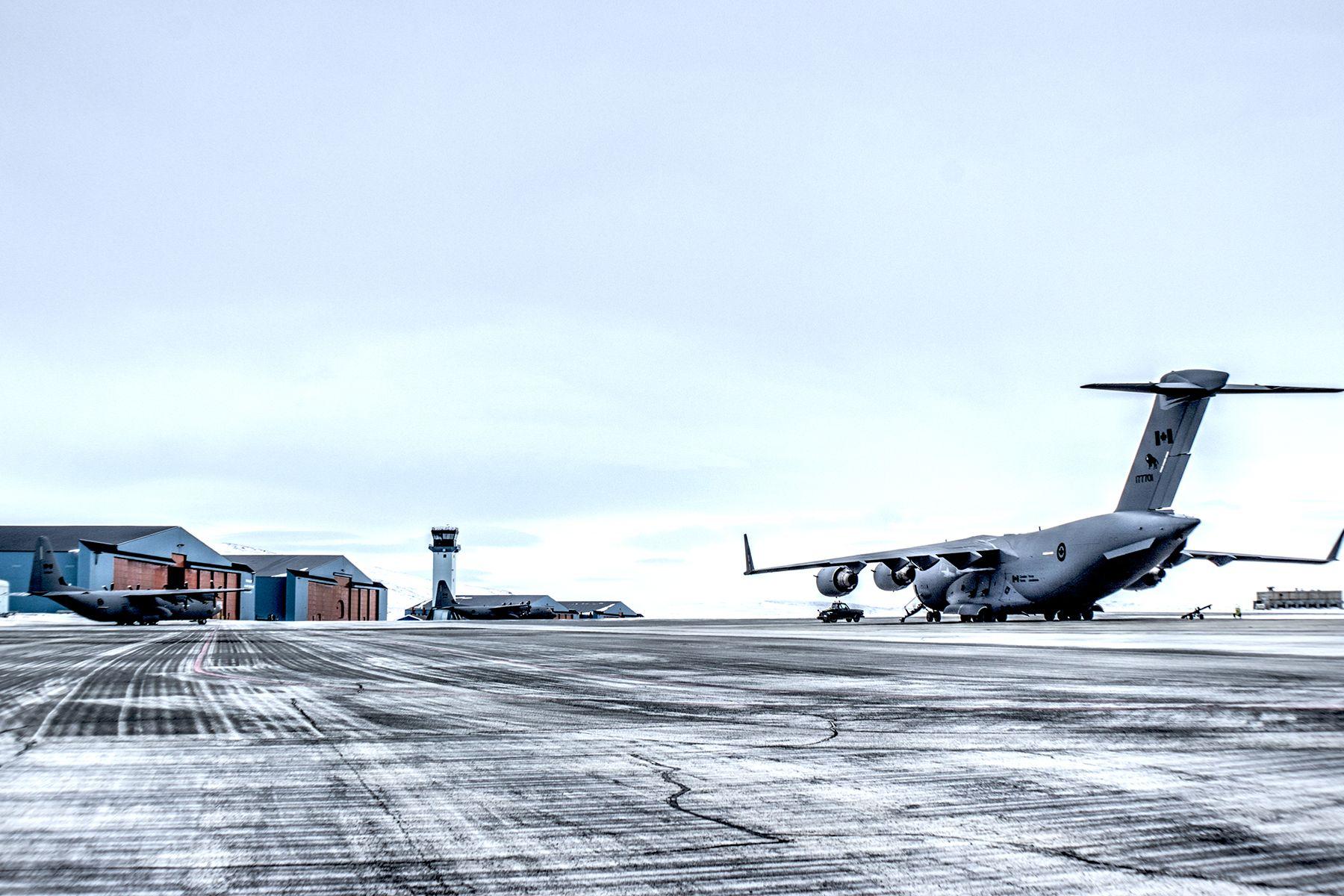 THULE AIR BASE, Greenland – A Royal Canadian Air Force C-17