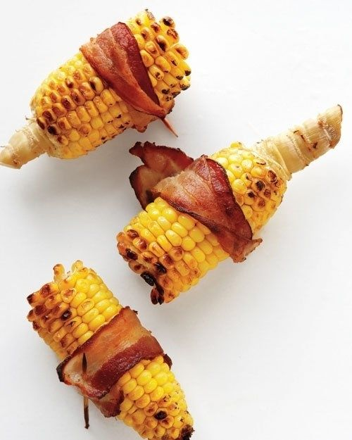 Pekoniin käärityt maissintähkät -  Corn on the Cob Wrapped in Bacon | 17 Mouthwatering Bacon-Wrapped Snacks You Need To Try