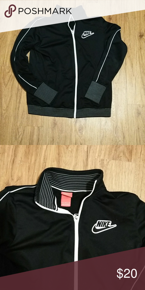 new concept 1f4ef 50ca1 Womens Nike Track Jacket black and white striped Nike track jacket , size  large but not sloppy (on smaller side, could pass for medium)  comfortable..good ...