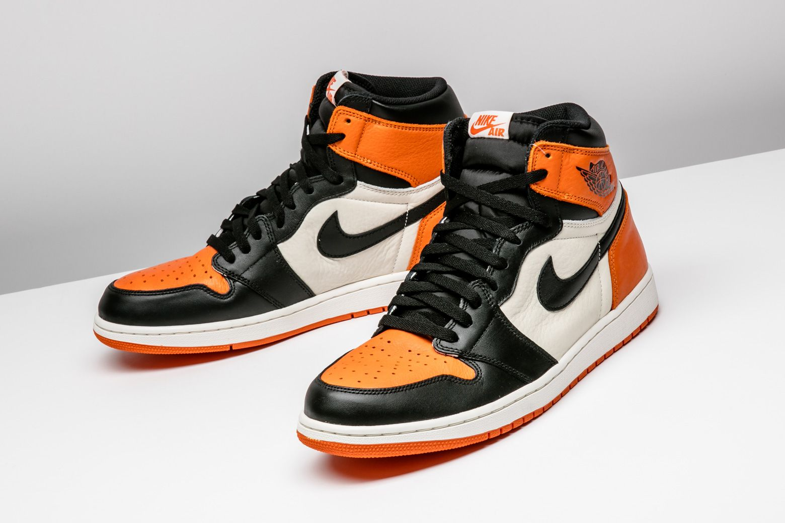 Air Jordan 1 Retro High Og Shattered Backboard 555088 005