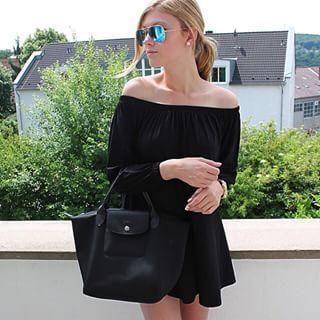 Longchamp Le Pliage NÉO handbag #vogue #style #outfits