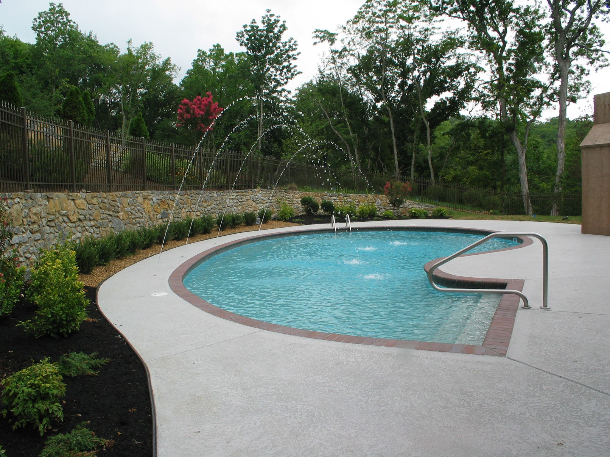 Pool built by Anderson Pools and Spas Murfreesboro TN