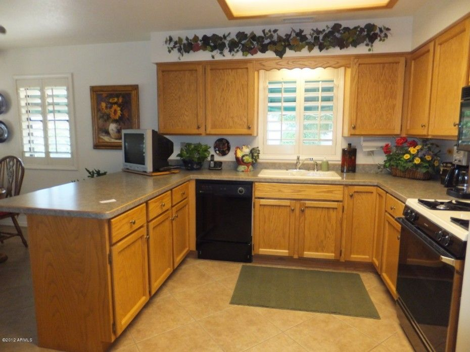Cheap Kitchen Cabinets: Pictures, Options, Tips & Ideas | HGTV