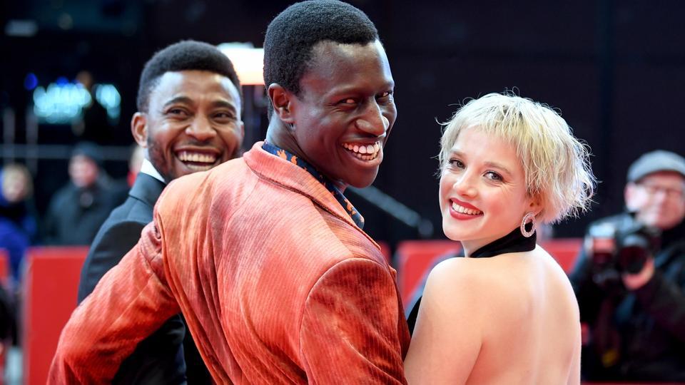 Burhan Qurbani Hat Alfred Doblins Klassiker Berlin Alexanderplatz Als Geschichte Eines Afrikanischen Fluchtlings Neu Ve In 2020 Darsteller Hauptdarsteller Tagesschau