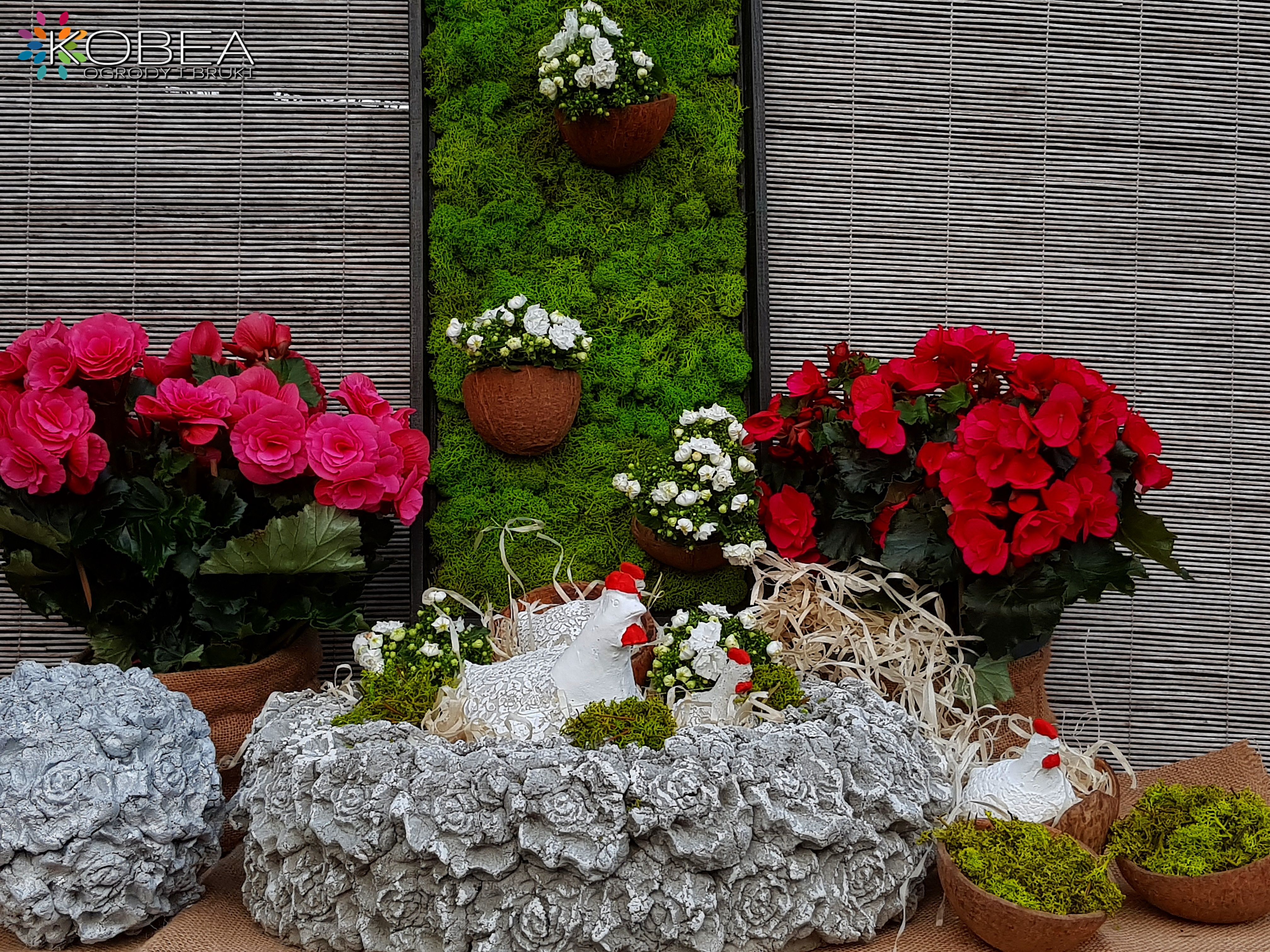Wiosenne Dekoracje Do Ogrodu Kobea Ogrody I Bruki In 2020 Garden Ornaments Concrete Patio Patio