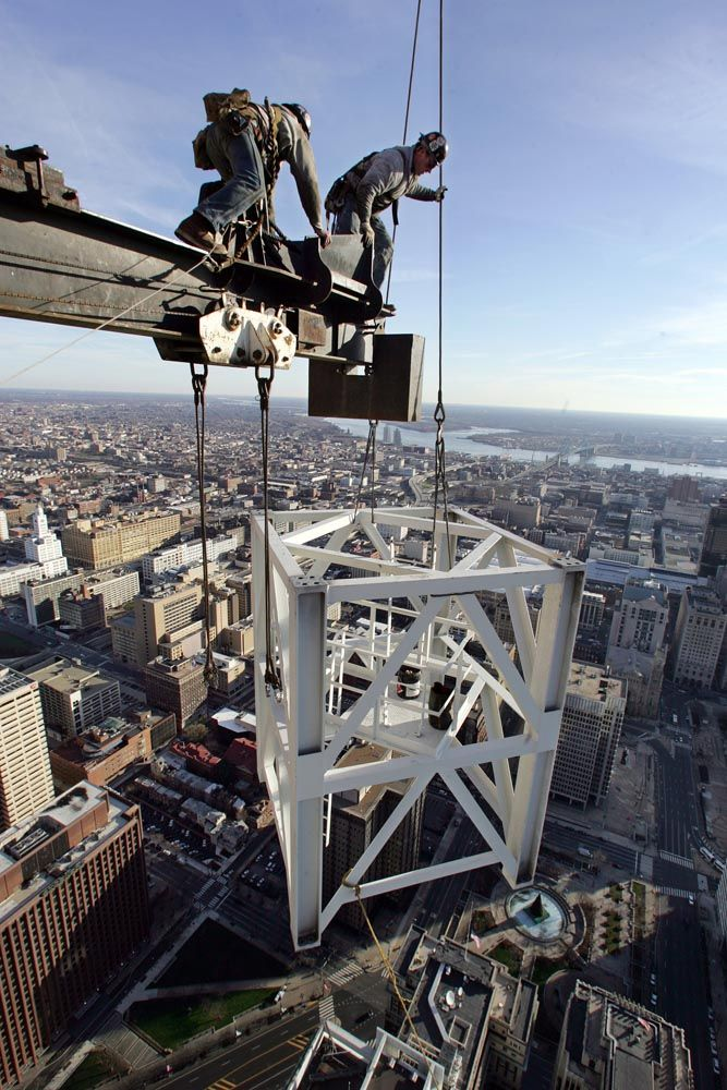 Jumping a Tower Crane. Tower