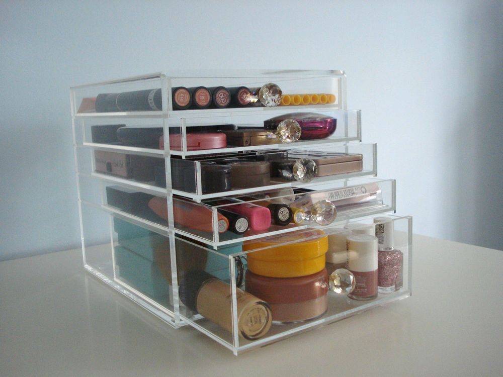 Mesmerizing Acrylic Makeup Organizer Design Ideas With