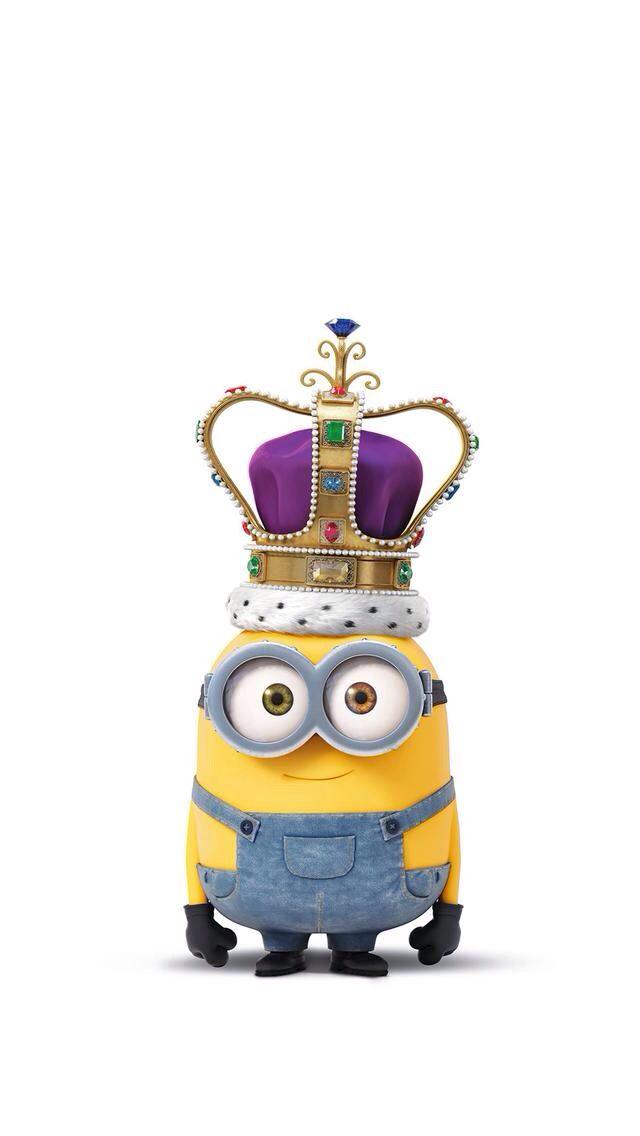 Bob the minion as a King