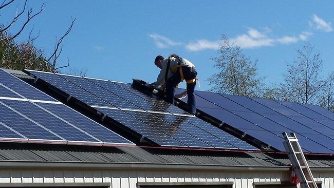 Solar Panels Save Big On Your Energy Bills With Solar Power Find Out How At Onlinesolarpowerpanels C With Images Solar Panel Installation Solar Panels Buy Solar Panels