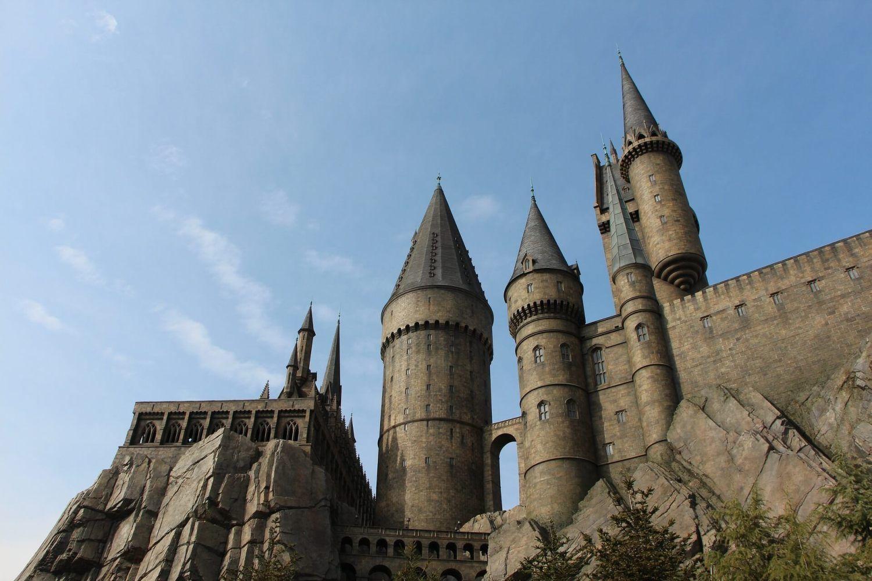 Slytherin Inspired Outfits For Harry Potter World Seeking Neverland Slytherin Castle Landscape Stone
