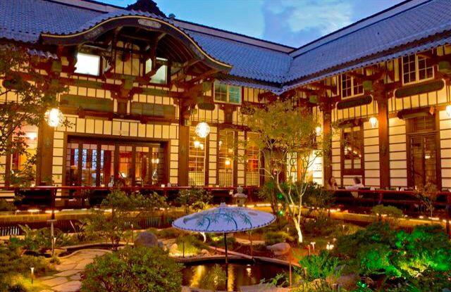 Yamashiro Japanese Restaurant Up In The Hollywood Hills Los