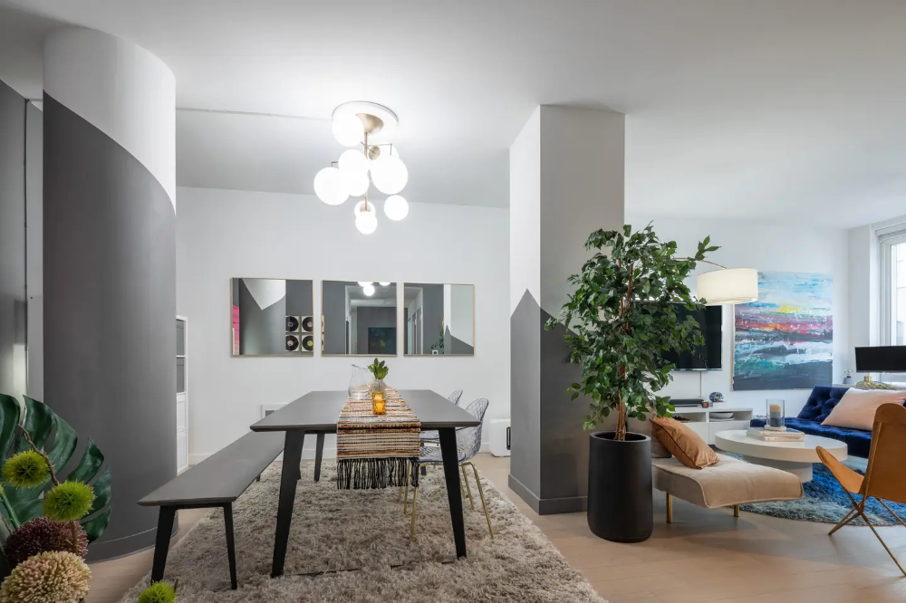 1000 Sq Ft Luxury Living 1 Stop From Manhattan Apartments For Rent In Long Island City New York United States Luxury Living Home Manhattan Apartment