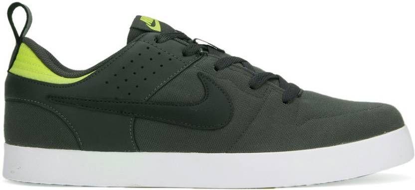 Nike LITEFORCE III Sneakers   Sneakers