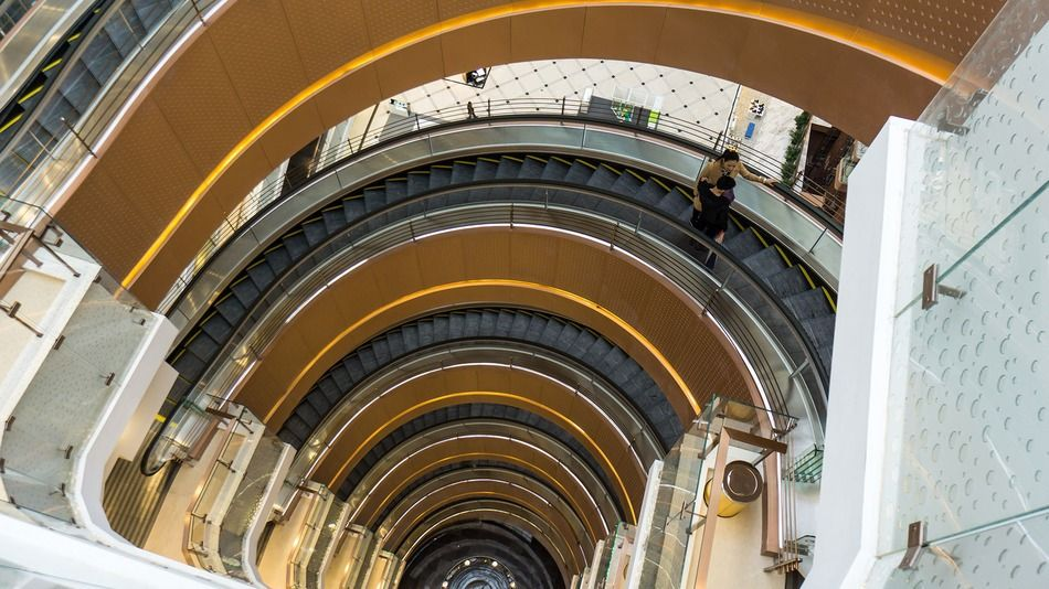 Best Fancy New Mall In China Has 7 Story Spiral Escalators 400 x 300
